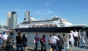 Cruiseschepen Rotterdam 300x225